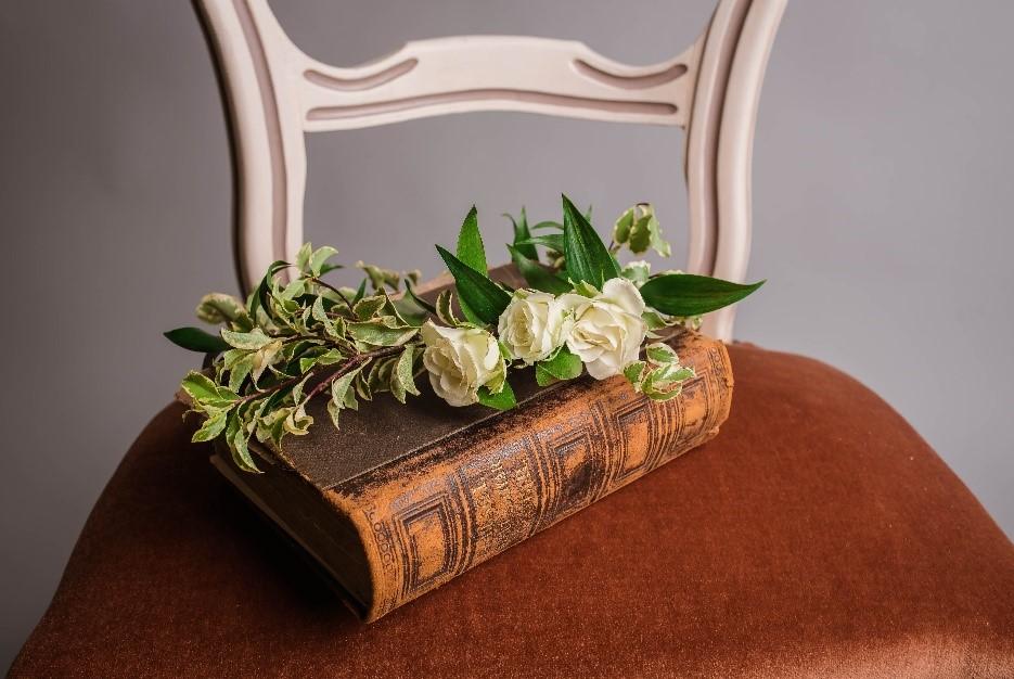 5 Poèmes Pour Accompagner Le Deuil Une Rose Blanche